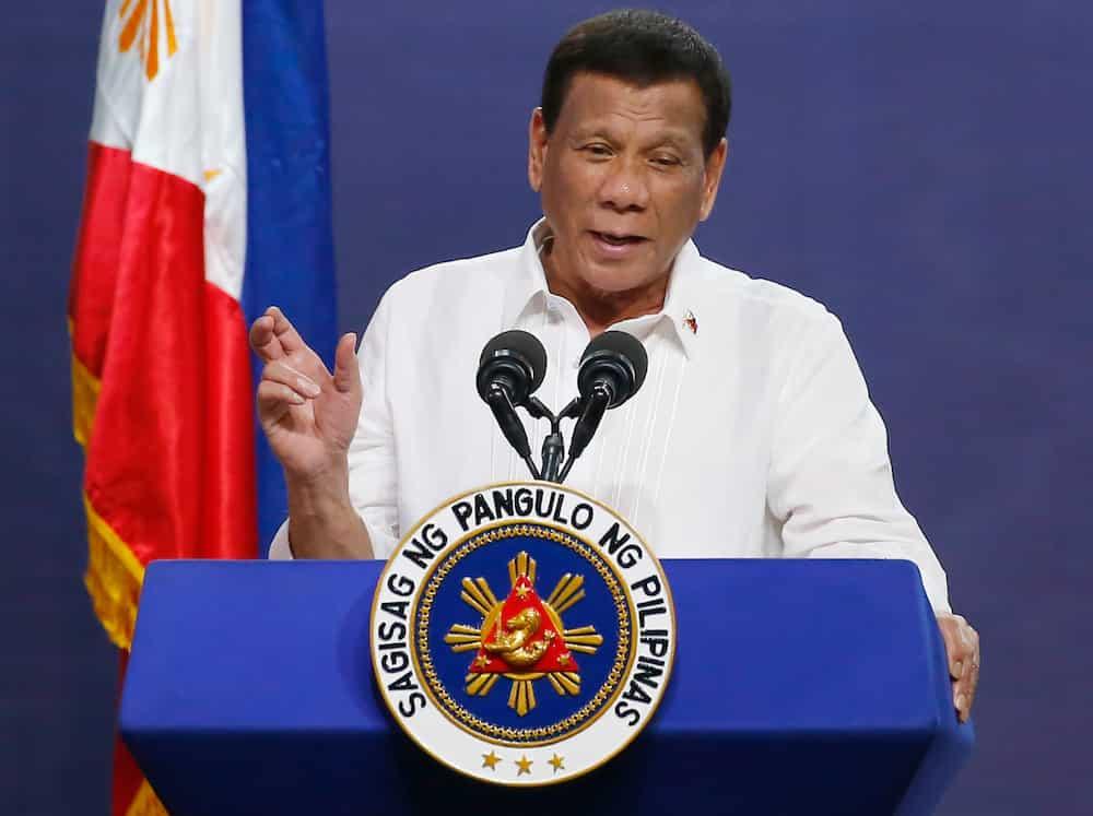 9 pulis sangkot sa insidente sa Sulu, kinausap ni Pres. Duterte; 1 rito positibo pala sa COVID-19