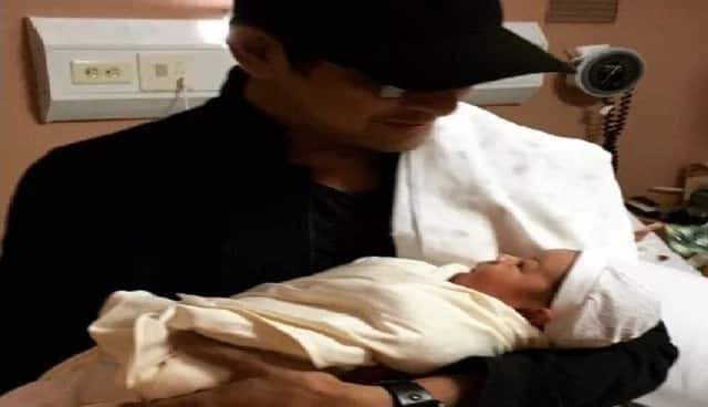 Gary V  posts sweet Instagram snap to introduce first