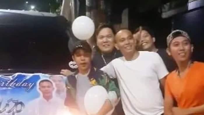 Malupet na birthday surprise ang handong ng mga tropa sa kanilang kaibigan!