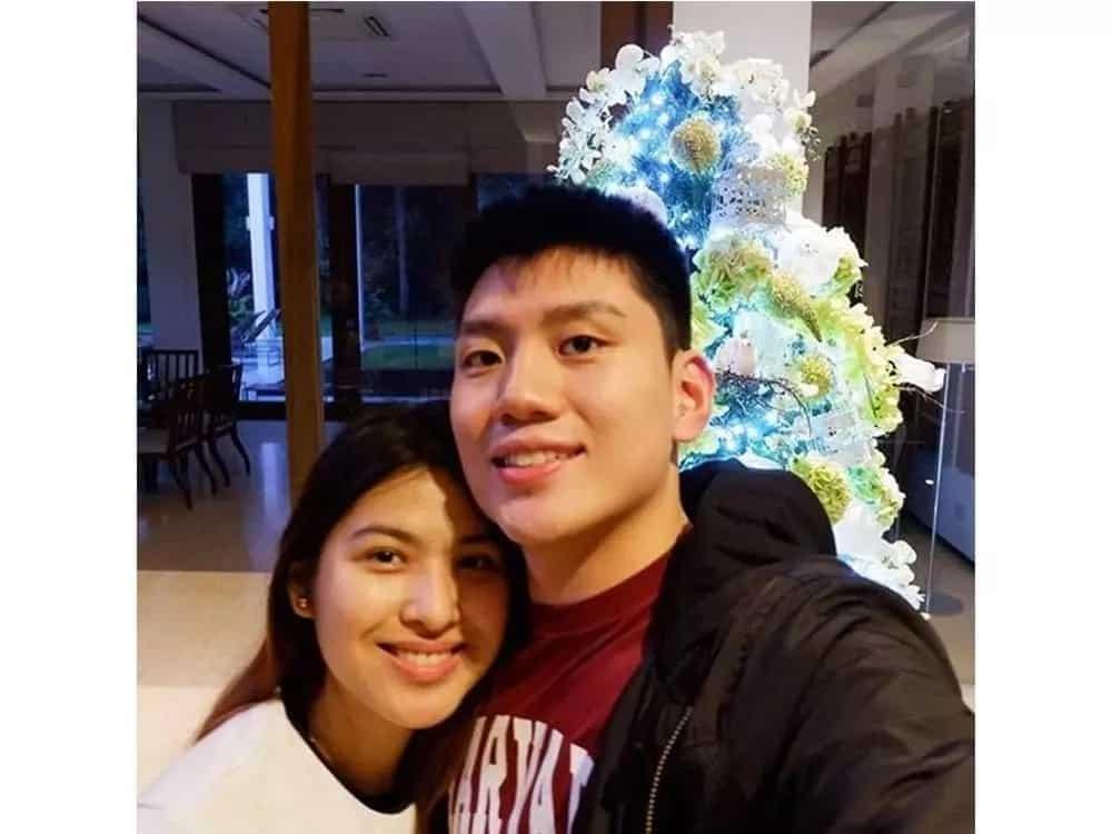 Girlfriend of Jeron Teng is definitely a sizzling hot babe