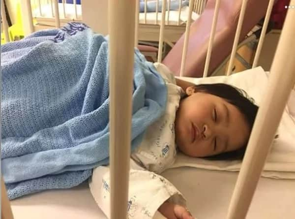 Baby hospitalized for playing with gadgets too much