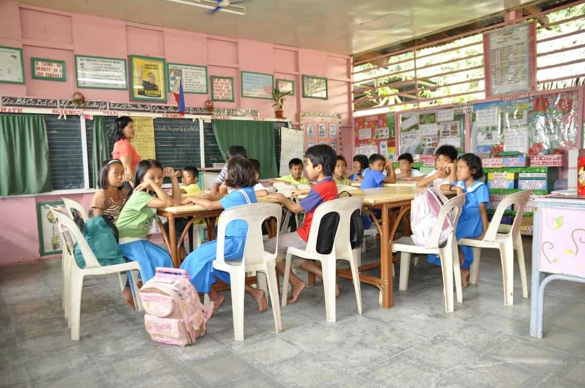 Filipino teachers still 'underpaid', groups urge gov't to review 'inhuman' policies, reduce workload