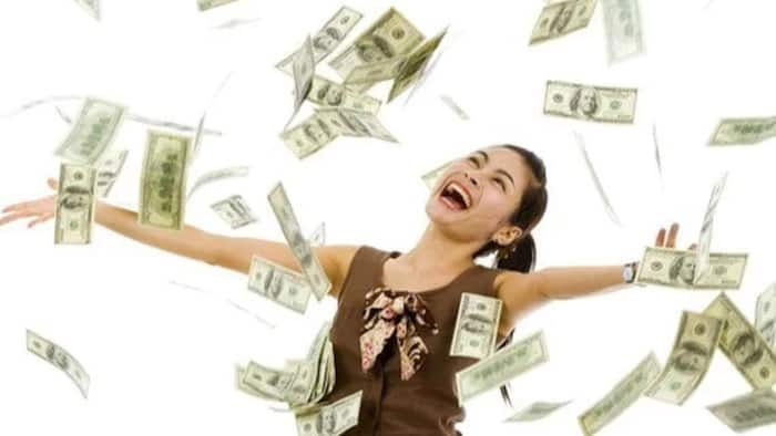 Unemployed woman to have dream wedding after winning lotto