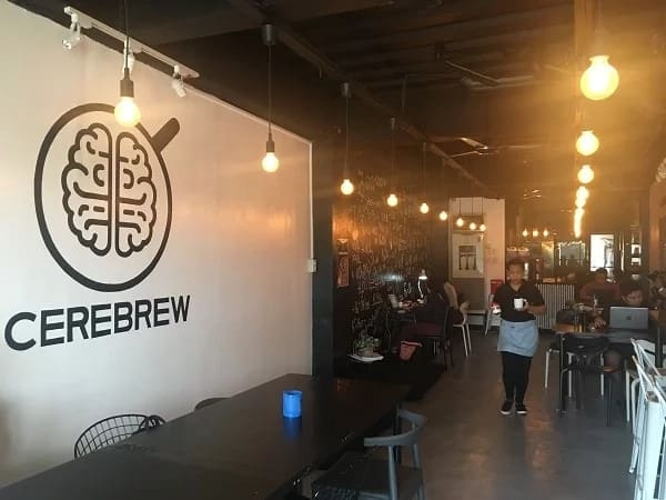 Sugod na mga college students at freelance workers! This co-working space in Maginhawa serves unlimited drinks and other unique services