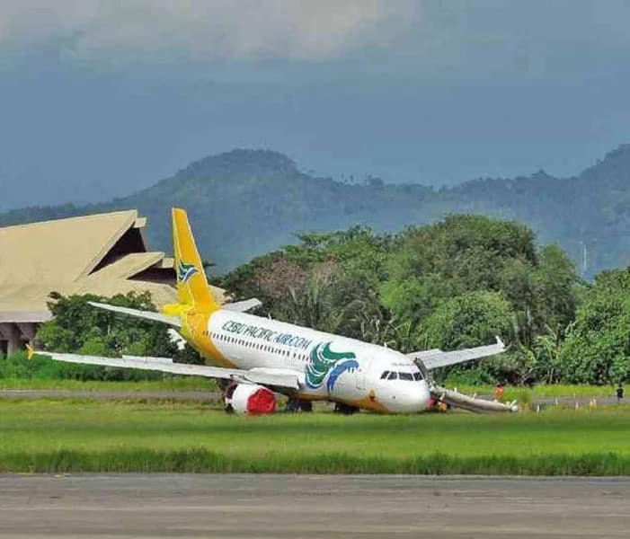 Albie Casiño complains about delayed flights of Cebu Pacific