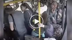 Pervert flashes private part on a bus and these women brutally attacked him for it