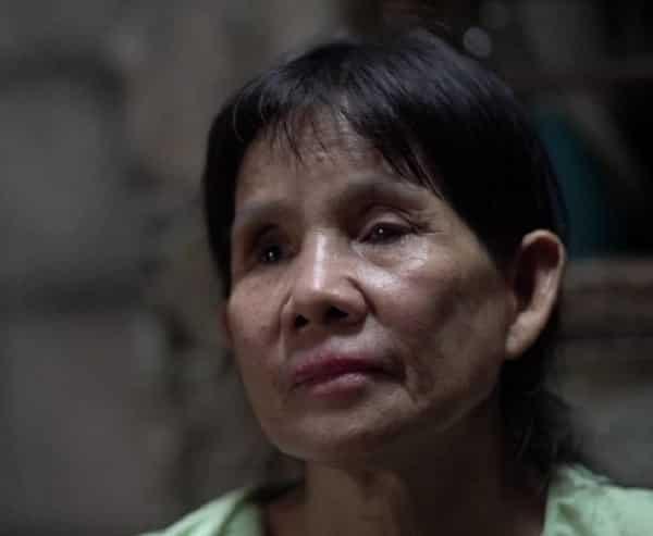 Inang bulag, anak na may down syndrome ang nagsisilbing kanyang 'mata'
