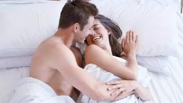 Their first attempt to make love was a huge fail!