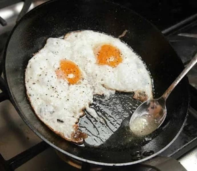 Canadian Invader Breaks into Home, Stripped & Cooked Eggs: Police