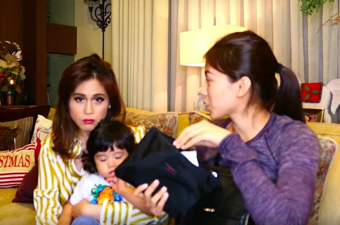 Buntis uli? Alex Gonzaga raids Toni's bag in hilarious video; finds pregnancy test kit?