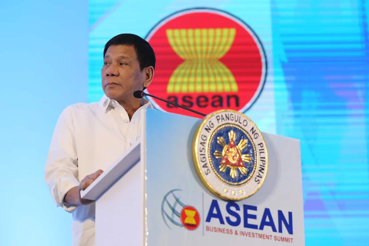 PH stock market hurt badly by Duterte's Obama insult