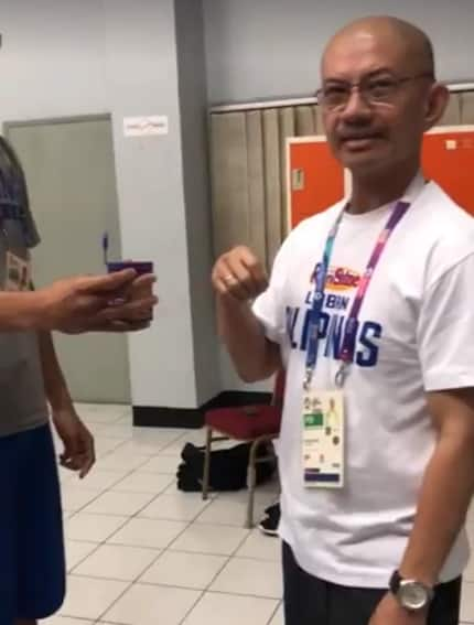 Coach Yeng, having fun with the Philippines team caught in a video