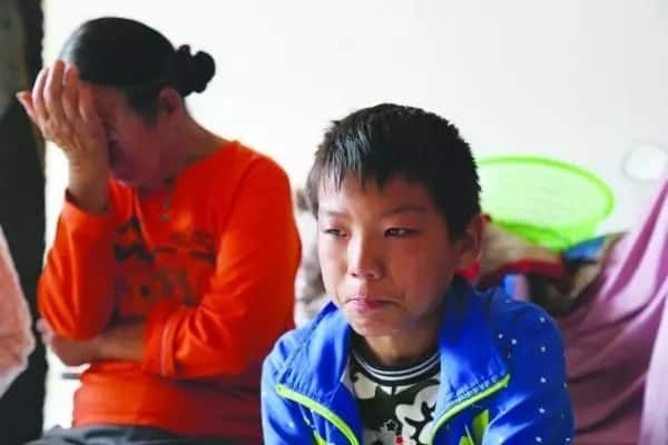 Parents aghast when 10-year-old boy spends P1.2M on online games