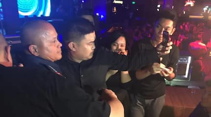 PNP chief Dela Rosa strolls around BGC to warn drug users: 'STOP or else'