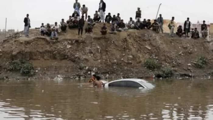 Intense rain in Saudi Arabia and Yemen, claim 42 lives