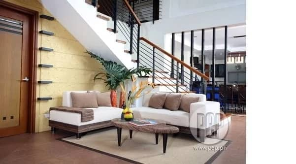 Carmina Villarroel and Zoren Legaspi takes us inside their beautiful house, shares secret to having a happy home