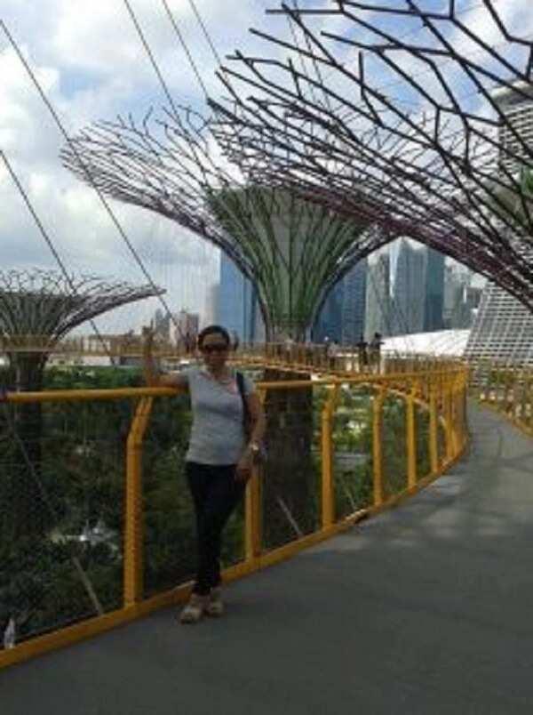 Sinagot pa ang operasyon ng tatay niya! OFW sa Singapore, tinuring na 'best friend' ng kanyang amo