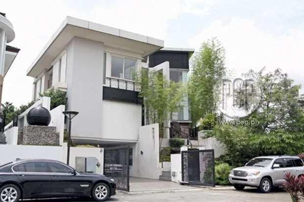 Nakakalulang mga tahanan! 7 celebs na may 3-storey super big homes