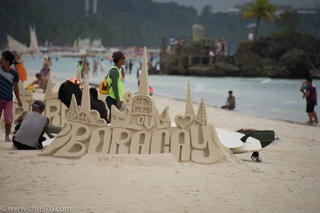 Malacañang states Aetas will benefit from Boracay reform
