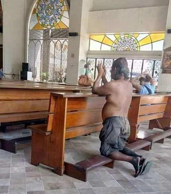 Praying beggar goes viral for his extraordinary faith