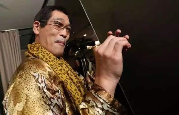 Pen-Pineapple-Apple-Pen Cafe Opening in Japan And That's PPAP!