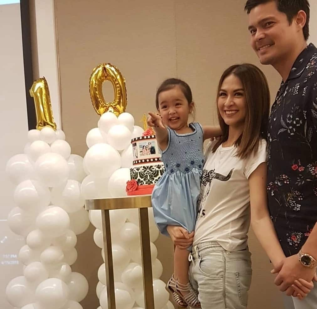Sobrang cute! Baby Zia leads the prayer at the 10th anniversary of Official DongYanatics