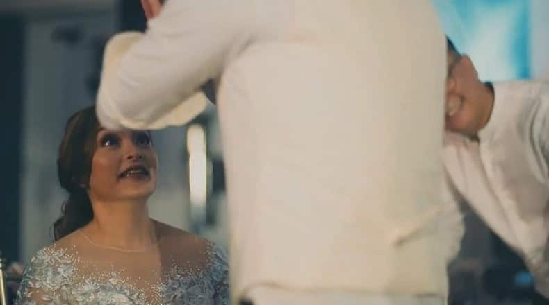 Manoeuvres reunion wedding performance surprises bride to the highest level