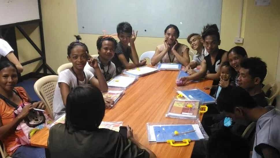 Xavier University earns praises for giving free night classes to street kids