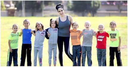 Multiple blessings! Single mom of 6 kids had 8 babies at once - and they are all grown up now