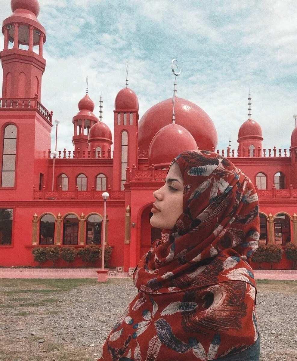 Mutya ng PH 2018 Sharifa Akeel bina-bash ng kapwa Muslim dahil sa pag-expose ng kanyang balat sa pageant