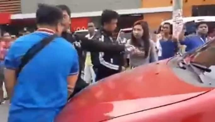 Nakakanerbyos ang proposal na ito! Video of Traffic enforcers who helped a motorist propose to his girlfriend 'extraordinarily' went viral