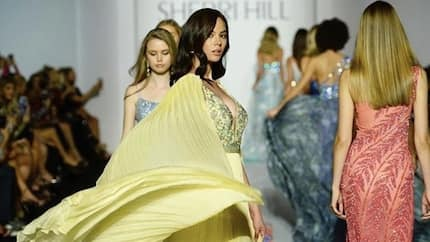 Handa na! Catriona Gray gives a glimpse of her threatening catwalk in New York