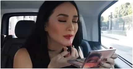 Heart Evangelista, expert sa paglagay ng red lipstick habang nakasakay sa umaandar na sasakyan at nakapikit ang mga mata