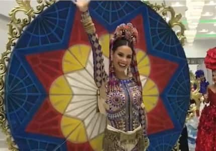 For the first time, Catriona Gray flaunts her national costume for Miss Universe 2018