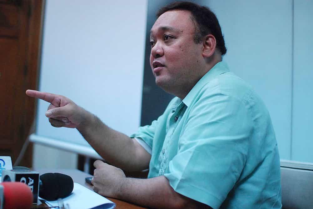 Harry Roque, malaki ang pasasalamat sa lifeguard na sinagip siya sa Boracay