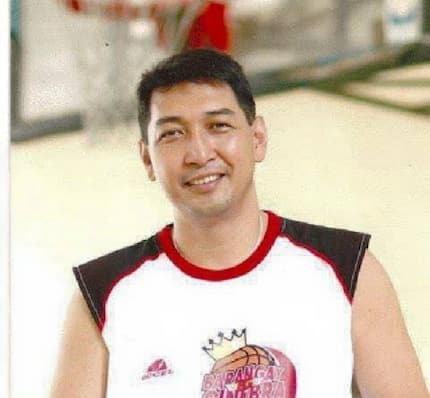 At age 55, Allan Caidic scores 142 in exhibition game