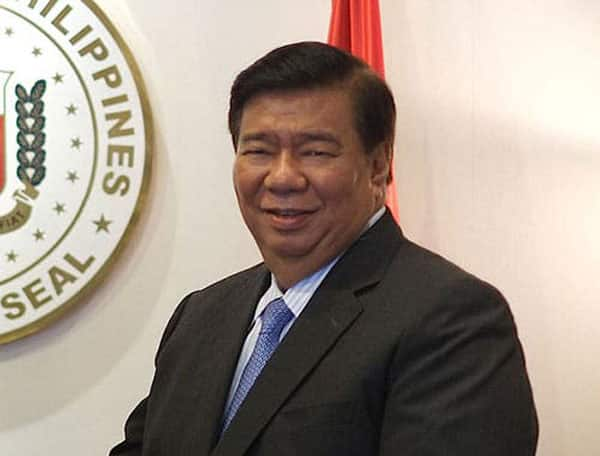 Ayaw tanungin! Sen. Bong Go refuses to be asked after speech, Drilon questions move in viral video