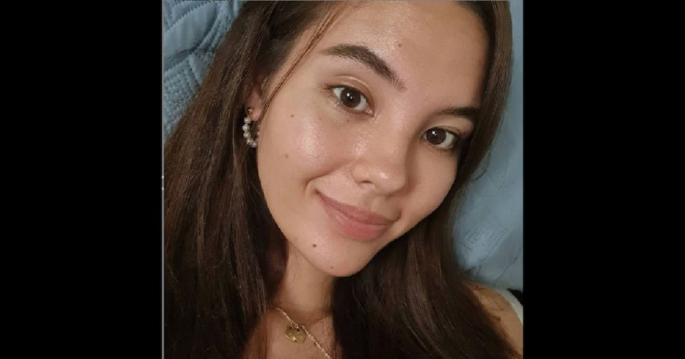 Catriona Gray flaunts facial imperfections in a viral barefaced selfie