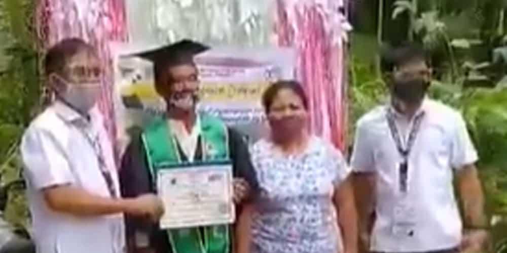 Graduation, ginawang house-to-house na lang ngayong may banta ng COVID-19