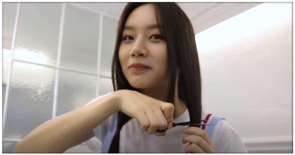 Lee Hye-ri ng Korean dramang Reply 1988, ginupit ang buhok upang i-donate