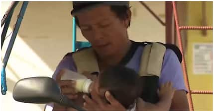Tricycle driver na kasama ang kanyang baby sa pamamasada, viral