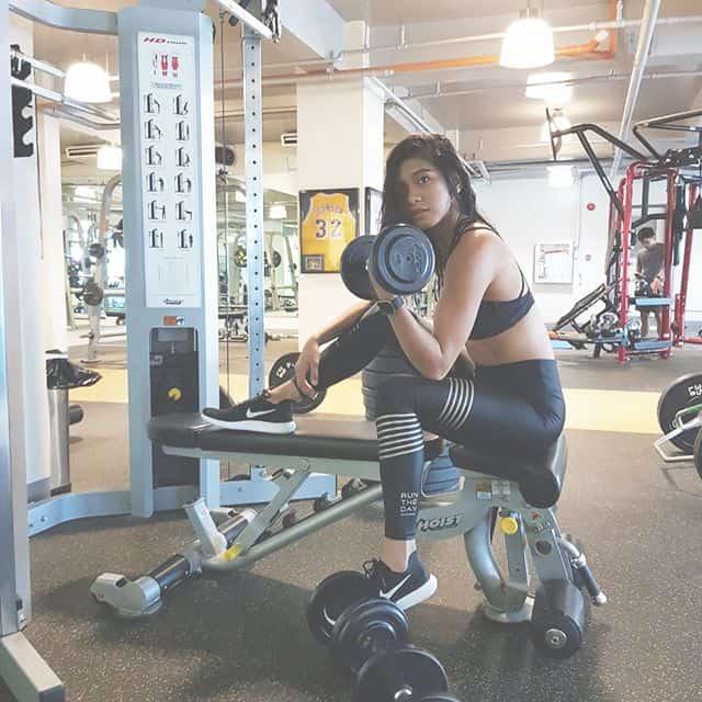 Alyssa Valdez height