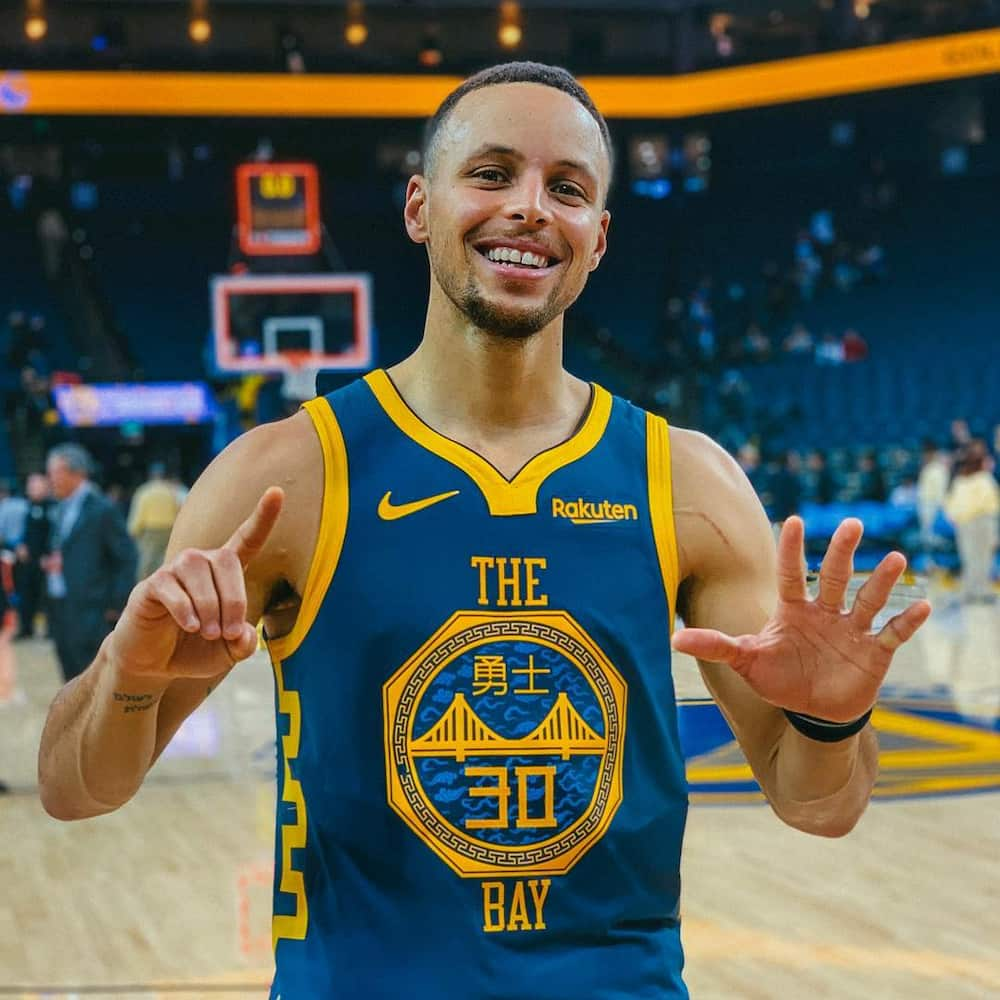 stephen curry bio  wife  age  height  stats  who is his father  kami com ph