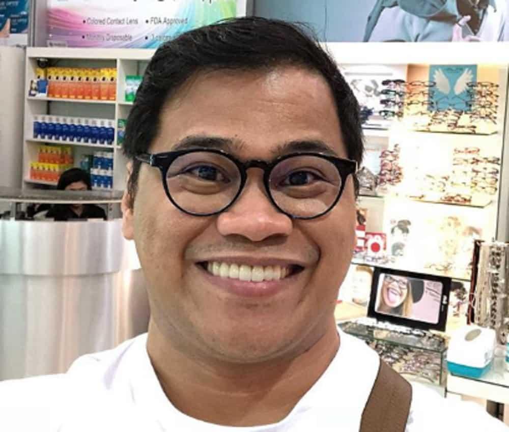 """Ogie Diaz, isa sa mga nagpakita ng suporta sa Jollibee sa kabila ng """"fried towel"""" controversy"""