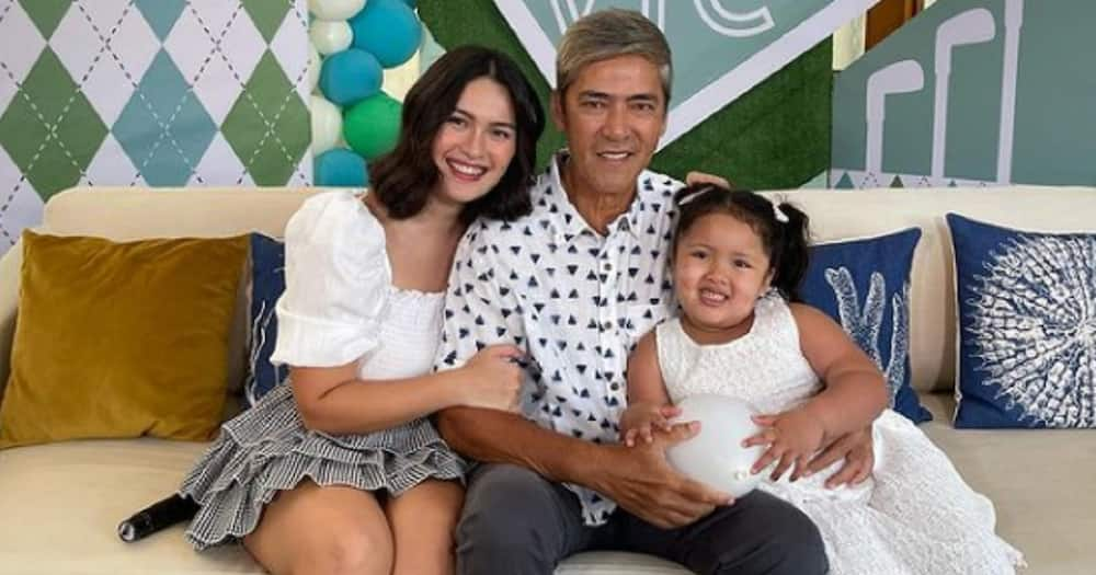 Pauleen & Tali's dance performance with Vic chilling in the background goes viral