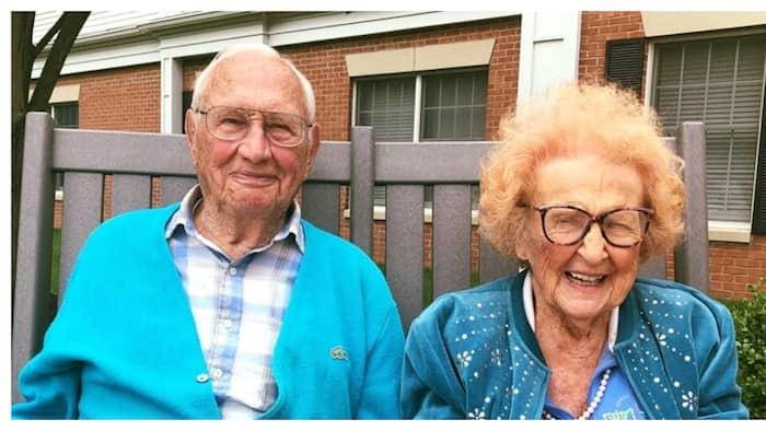 Magkasintahang may edad na 100 at 102, nagdesisyon paring magpakasal