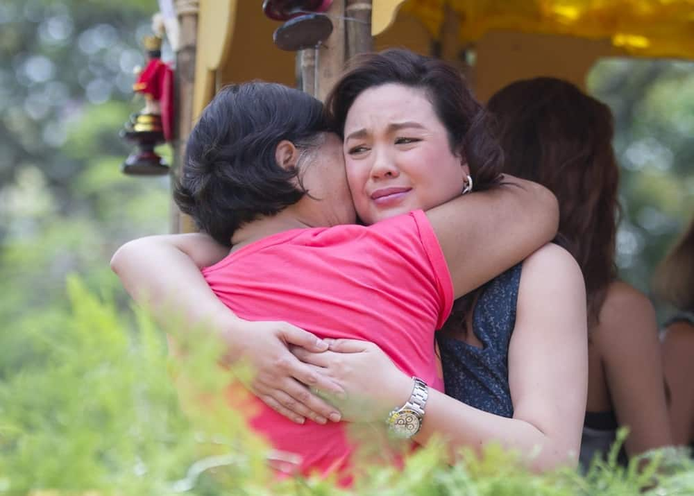 Claudine Barretto shares photos that made Gretchen comment 'My family'