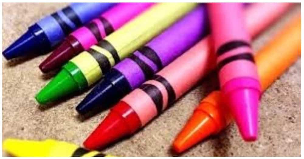 Estudyanteng nag-sorry sa guro dahil walang pambili ng crayons, umantig sa netizens