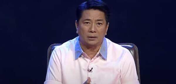 Willie Revillame personally gave to Mayor Teodoro his enormous donation to Marikina