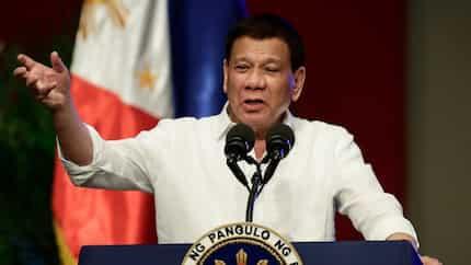 Pangulong Duterte, nanguna sa pagbubukas ng kauna-unahang 'landport' sa Pinas